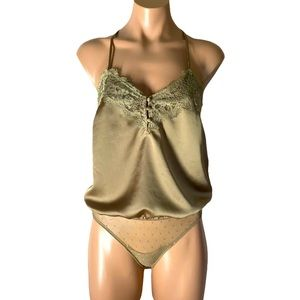 NWT Abercrombie & Fitch Lace Cami Bodysuit S